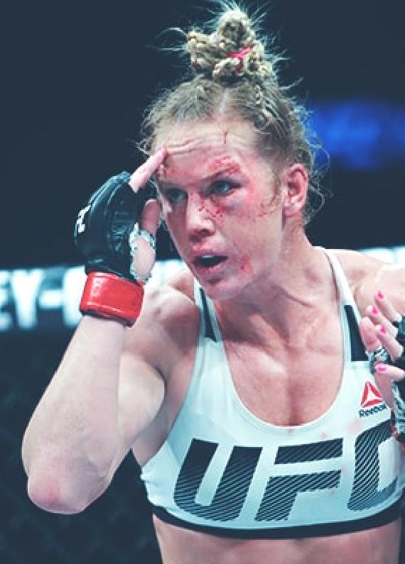 Correia Battles Holm as UFC Underdog