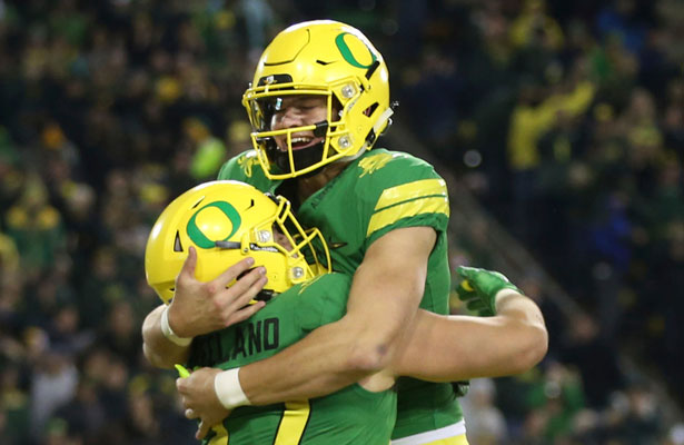 Wisonsin Small Favorites vs Oregon on Rose Bowl Odds